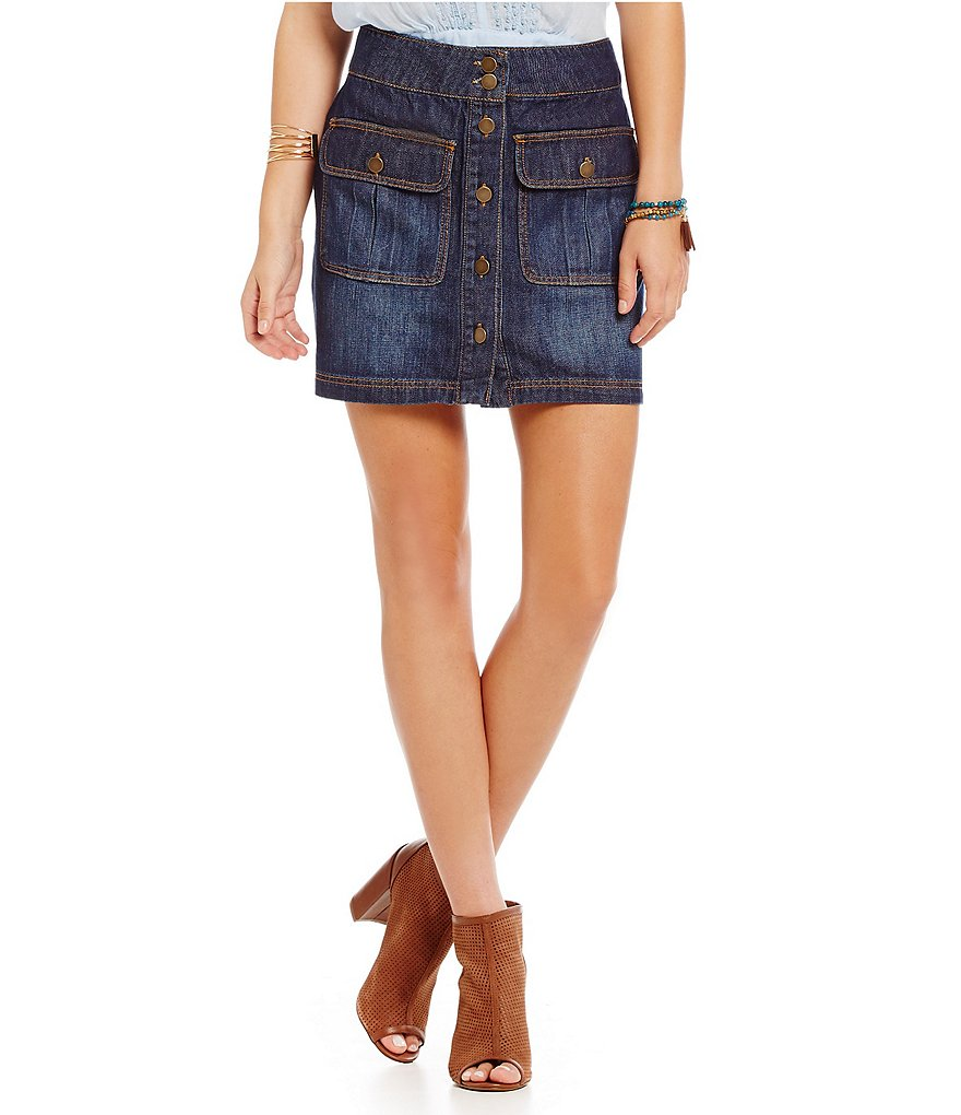 C&V Chelsea & Violet Vanna Button-Front Denim Mini Skirt
