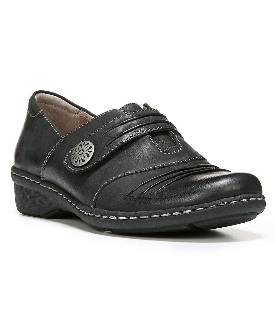 Naturalizer Response Loafers