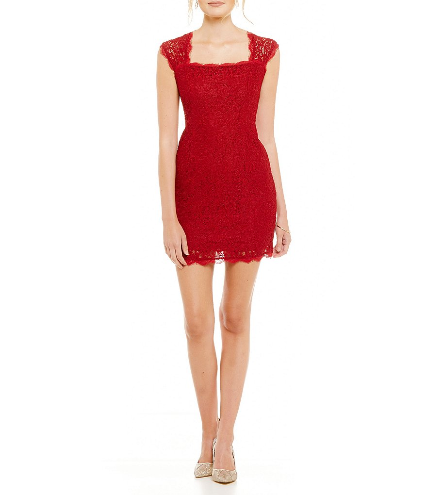 Adrianna Papell Petite Cap-Sleeve Lace Sheath Dress