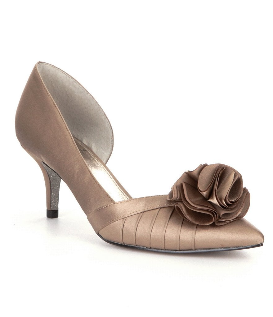 Adrianna Papell Riley 1/2 D´Orsay Pumps