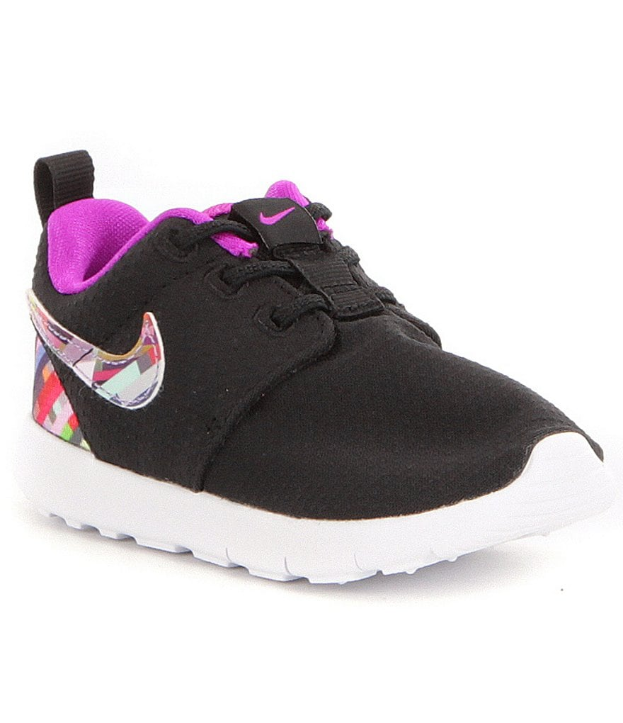 Nike Girls´ Roshe One Lifestyle Shoes