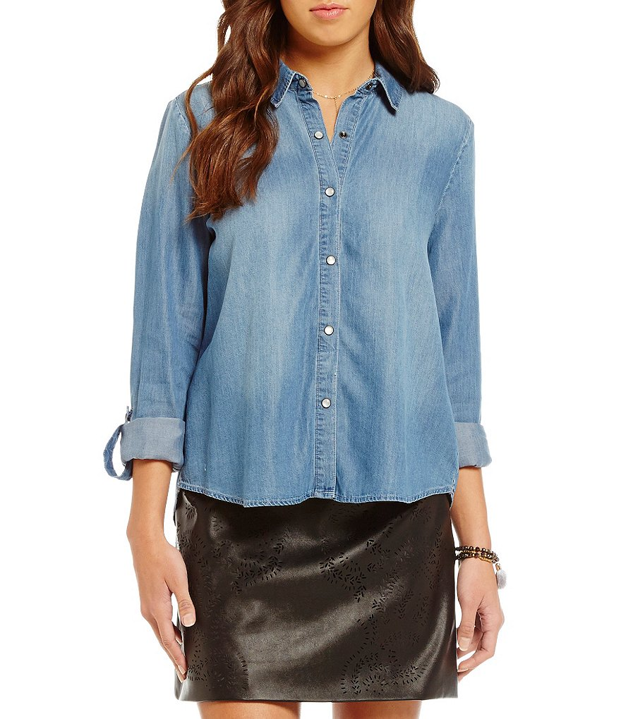 C&V Chelsea & Violet Sheldon Chambray Top
