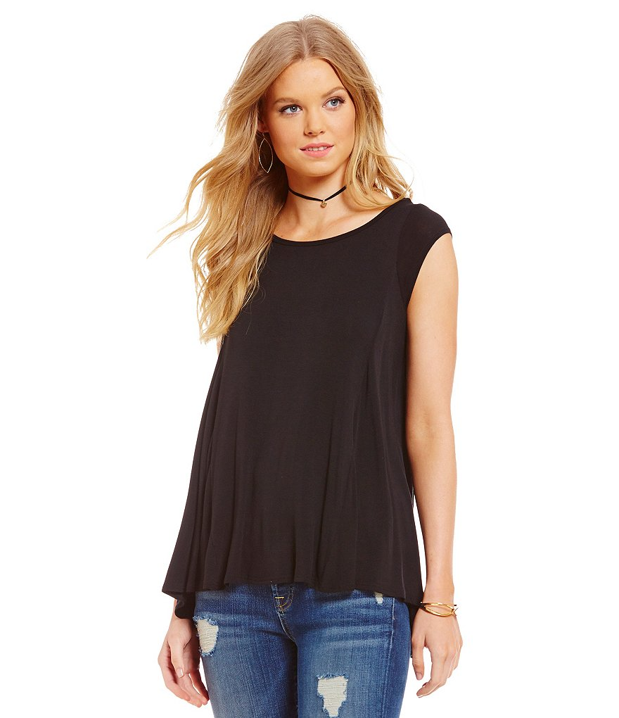 ELAN Cap Sleeve Flaired Tunic Top