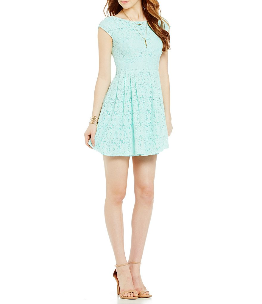 B. Darlin Cap Sleeve Boatneck Lace Dress