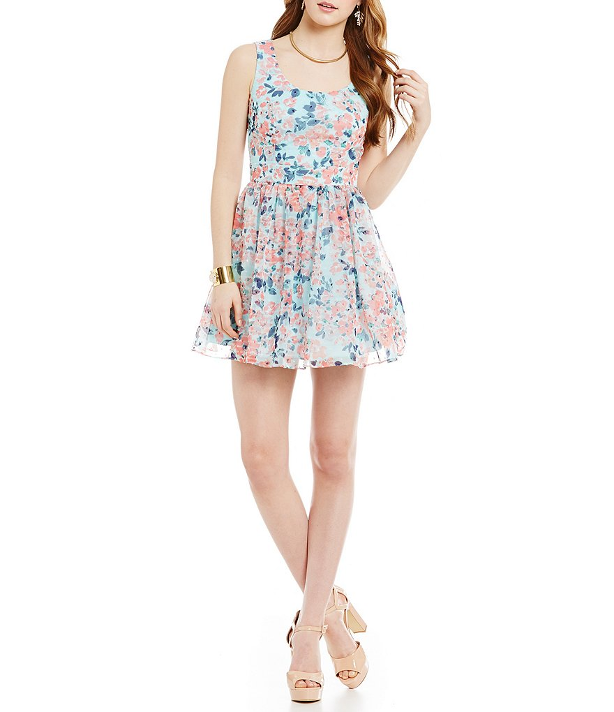 B. Darlin Sleeveless Floral Tieback Dress