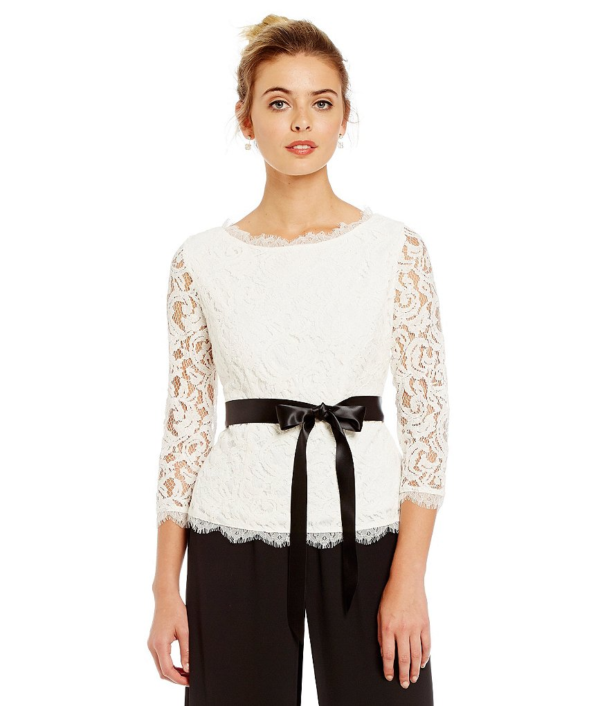 Adrianna Papell Scroll Lace 3/4 Sleeve Blouse