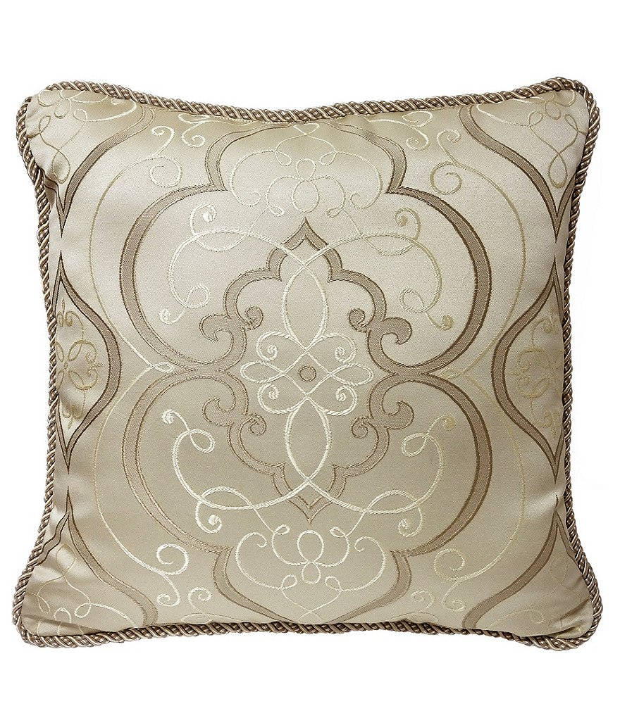 Veratex Piazza Medallion Jacquard Square Pillow
