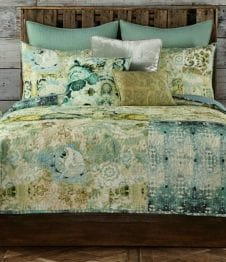 Poetic Wanderlust by Tracy Porter Chloe Quilt