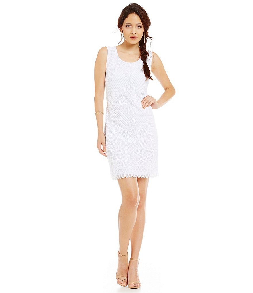 Laundry By Shelli Segal Sleeveless Embroidered Dress
