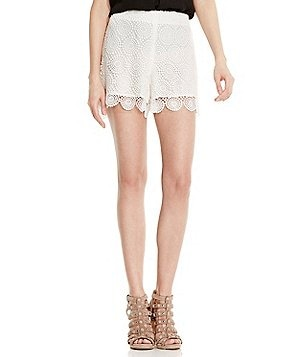 Vince Camuto Circle Embroidered Lace Shorts
