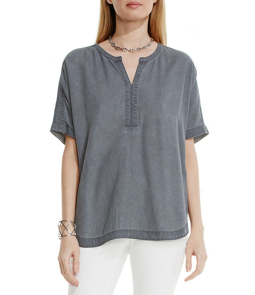 Two by Vince Camuto Pastel Fade Splitneck Blouse