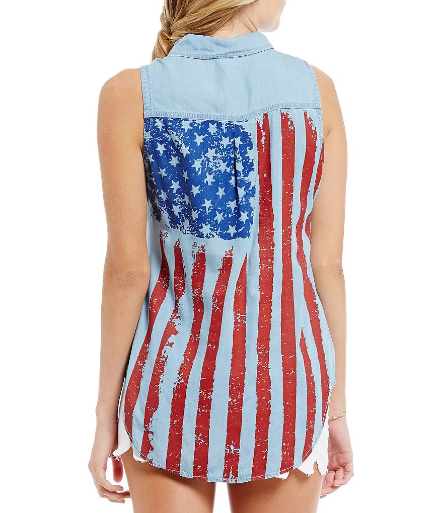 Celebrity Pink Sleeveless American Flag Button-Down Top