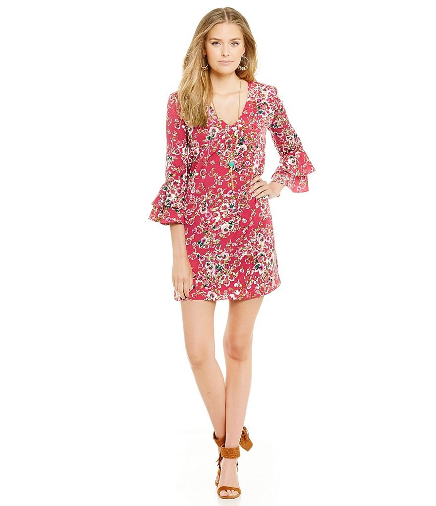 WAYF Floral Printed Bell-Sleeve Shift Dress