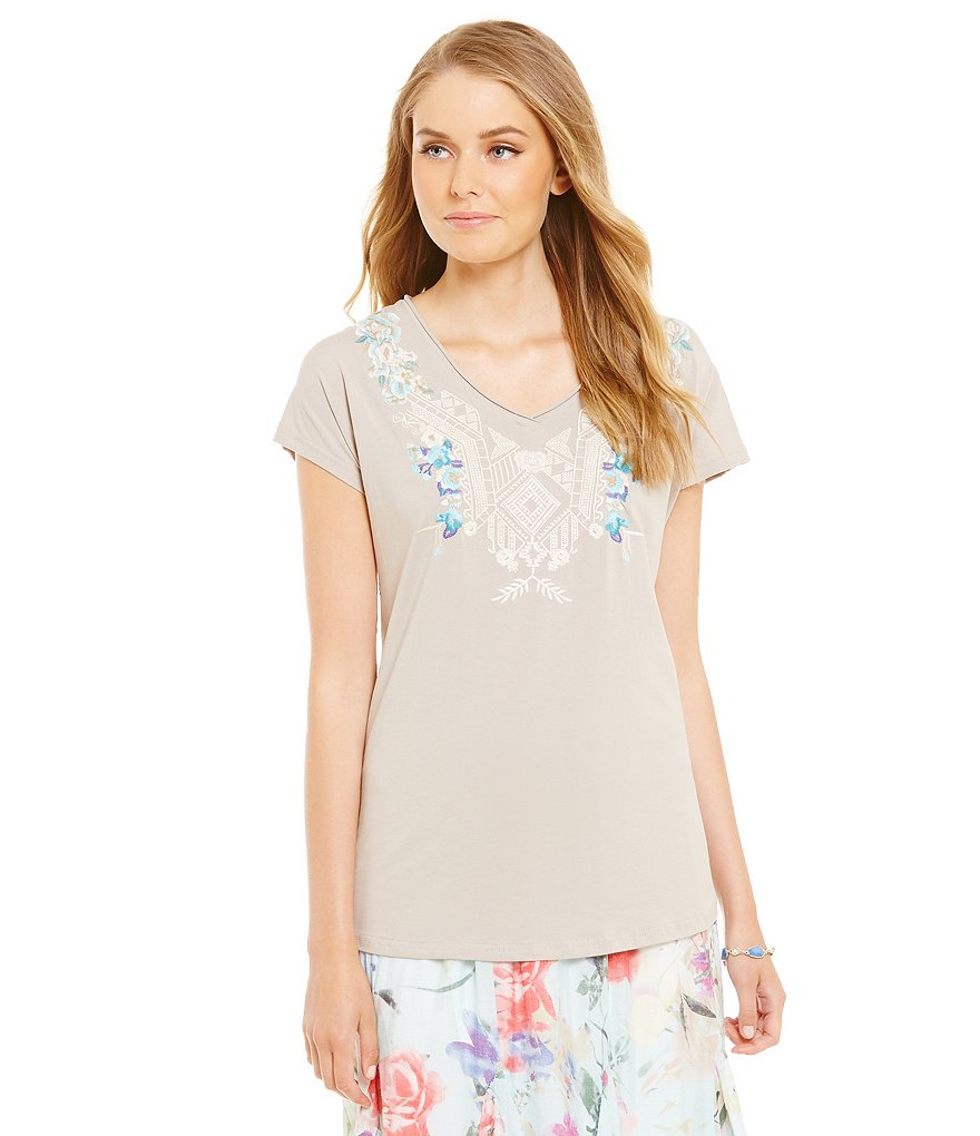 James Bryan Embroidered Short Sleeve V-Neck Tee