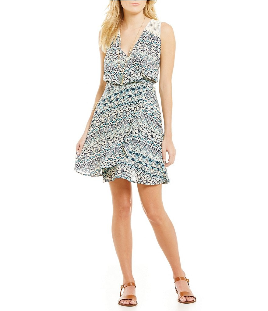Miss Me Crochet-Back Sleeveless Printed Dress