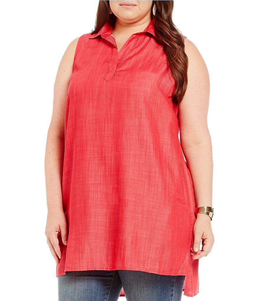 Chelsea & Theodore Plus Sleeveless Split Neck Tunic