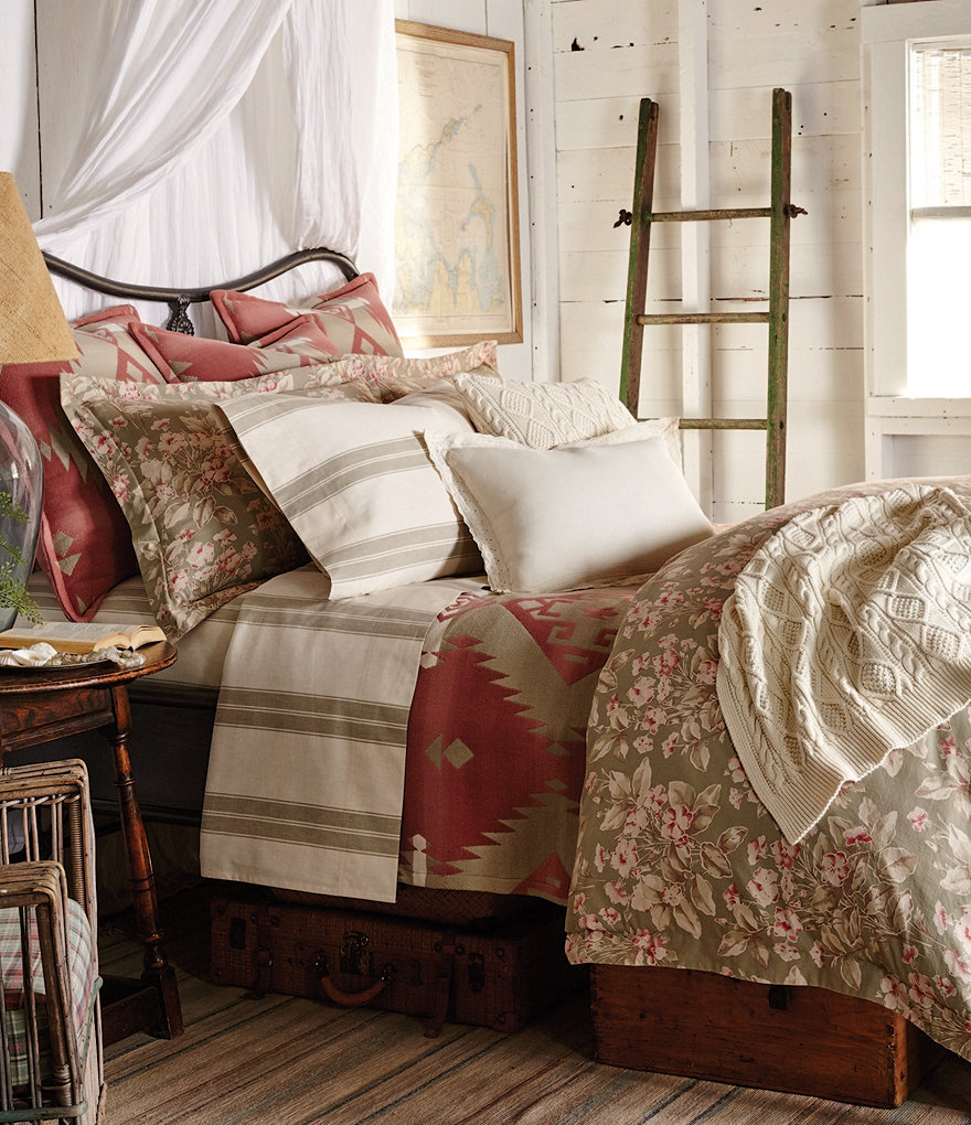 Ralph Lauren Amagansett Collection Layla Floral Comforter