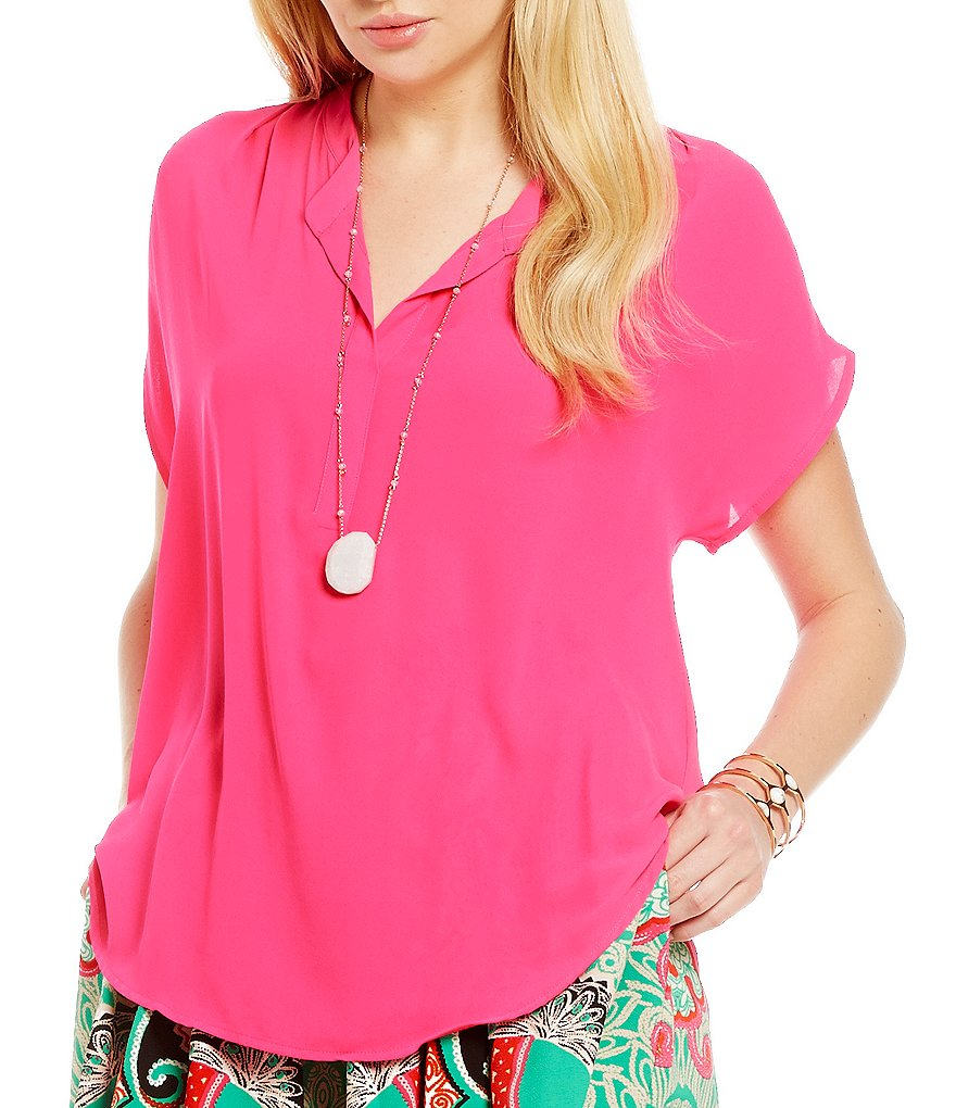 Gibson & Latimer Short-Sleeve V-Neck Blouse