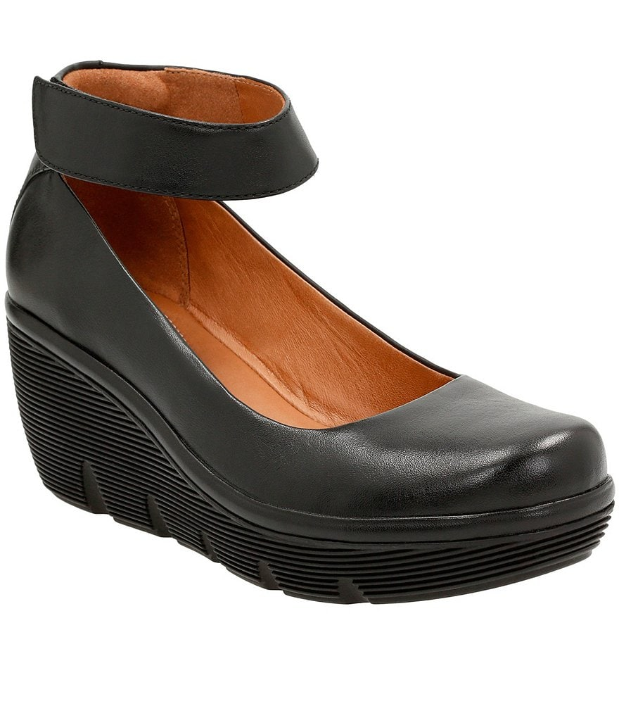 Clarks Clarene Tide Pumps