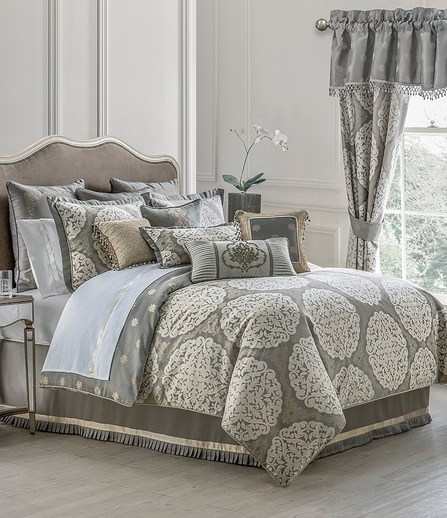 Waterford Darcy Medallion Jacquard Comforter Set