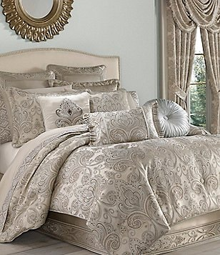 J. Queen New York Romance Spa Damask Comforter Set