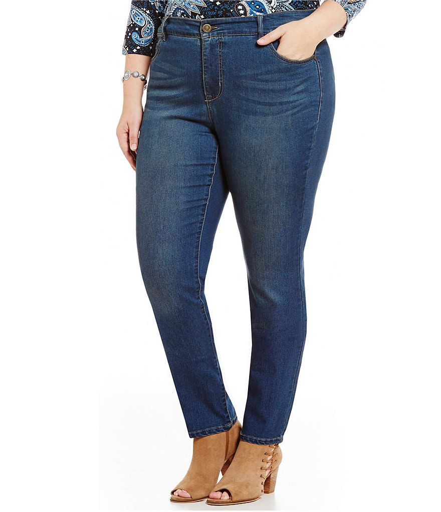 Code Bleu Plus Chelsea Slimming Straight Leg Embroidered Back-Pocket Jeans