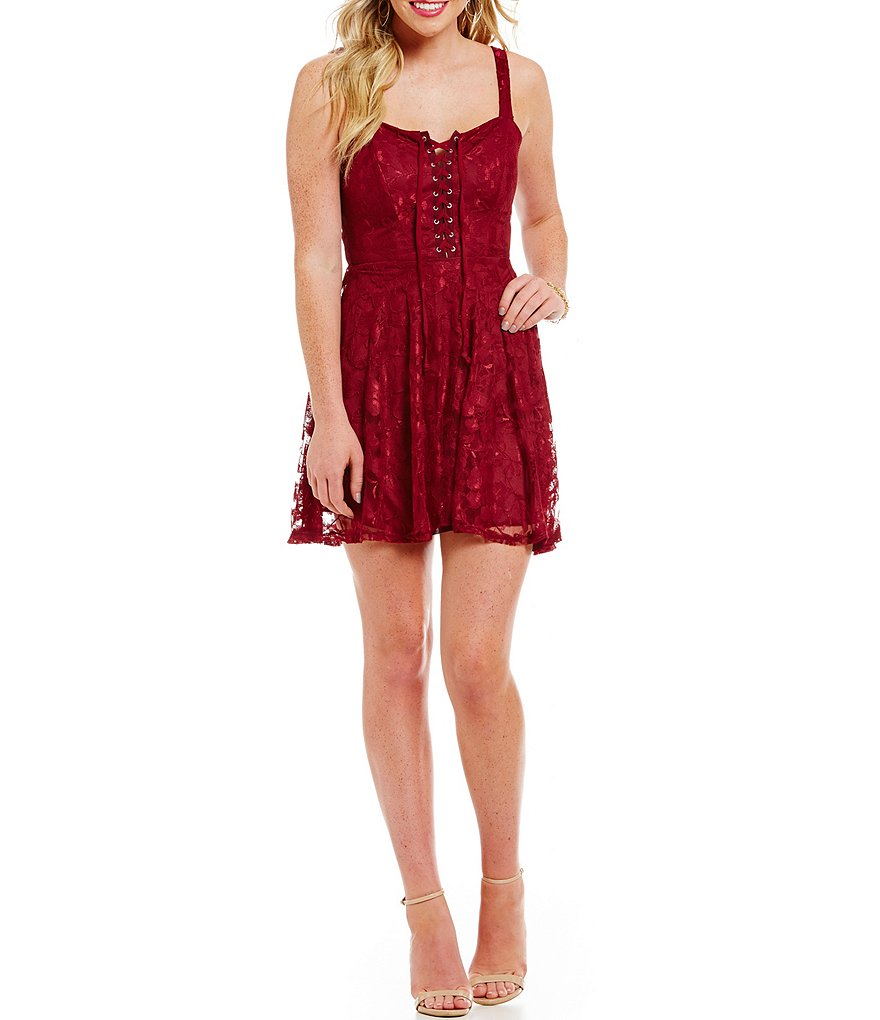 B. Darlin Lace-Up Neckline Lace Dress