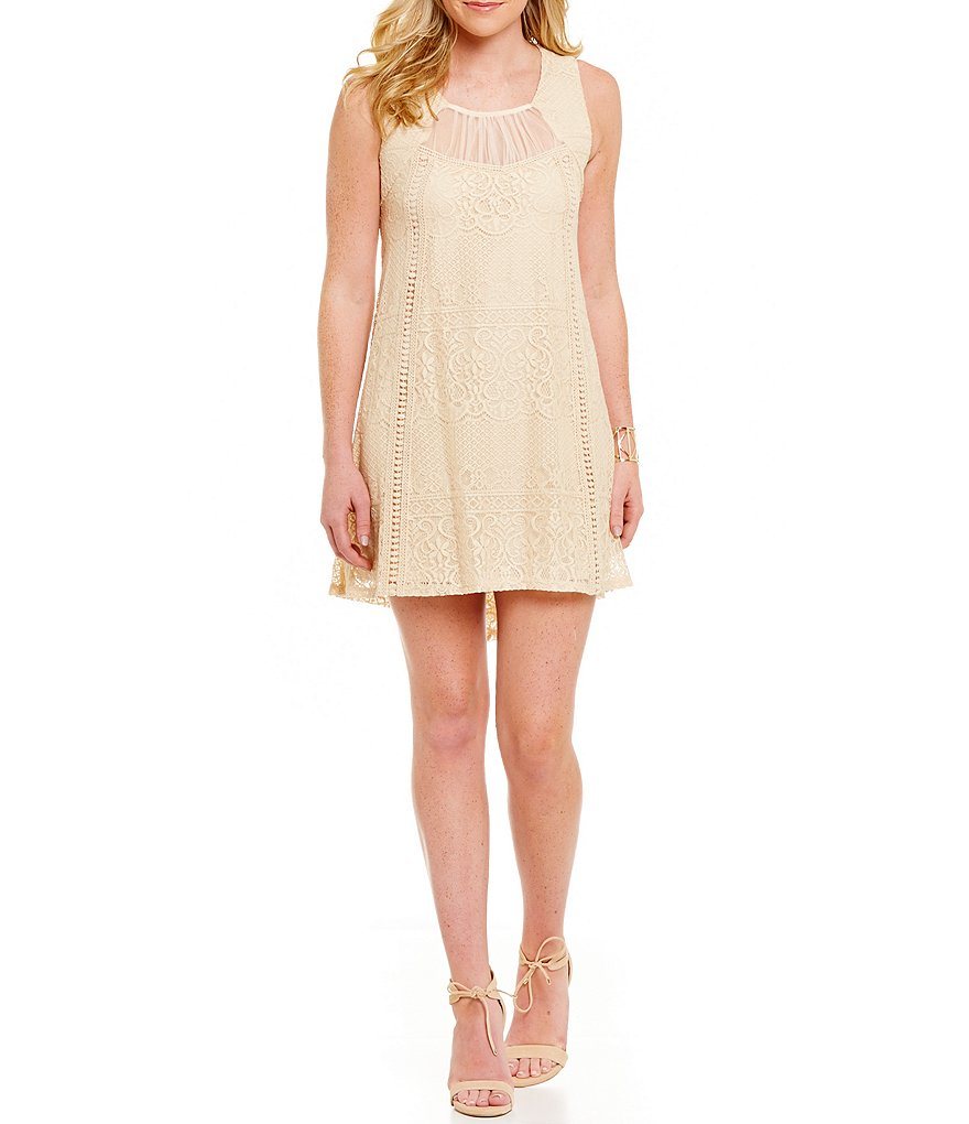 Jodi Kristopher Ruched Illusion Yoke Lace Shift Dress