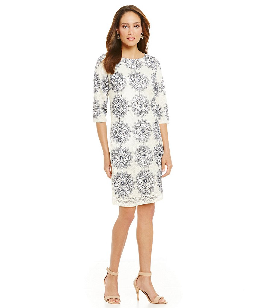 Jessica Howard Petite Medallion Shift Dress