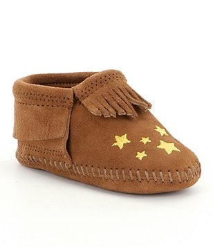 Minnetonka Girls´ Star Riley Star-Embroidered Fringed Crib Shoes
