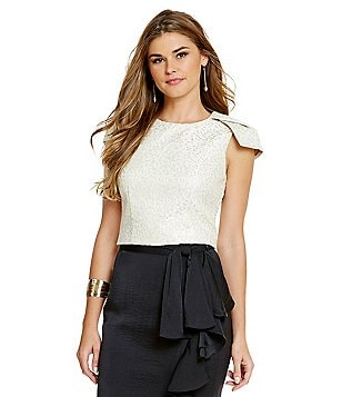 Belle Badgley Mischka Cap Sleeve Jaquard Omega Crop Top