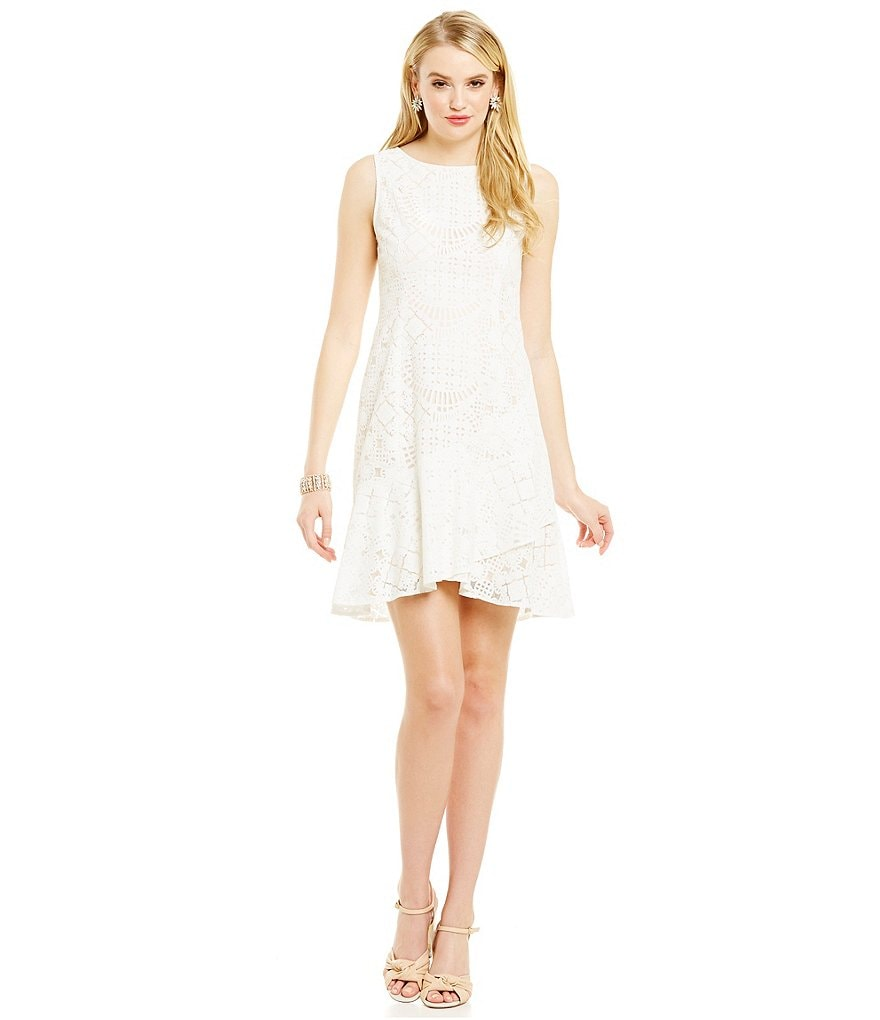 Katherine Kelly Sleeveless Lace Taylor Dress
