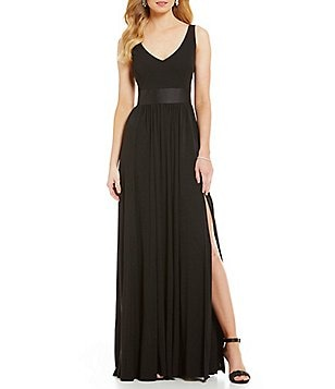 Vera Wang Fitted Bodice A-Line Gown