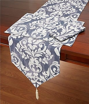 Homewear Gillian Damask Vintage Faux-Denim Table Linens