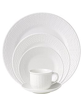 Wedgwood Nantucket Basket Sculpted Bone China 5-Piece Place Setting Image