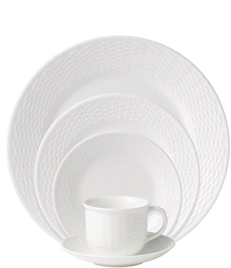 Wedgwood Nantucket Basket Sculpted Bone China 5-Piece Place Setting