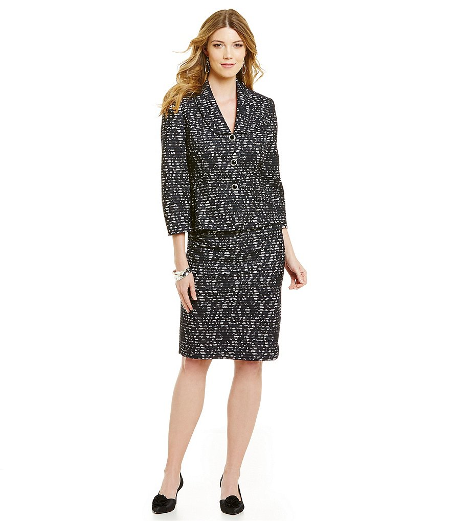Albert Nipon Bonded Lace 2-Piece Skirt Suit