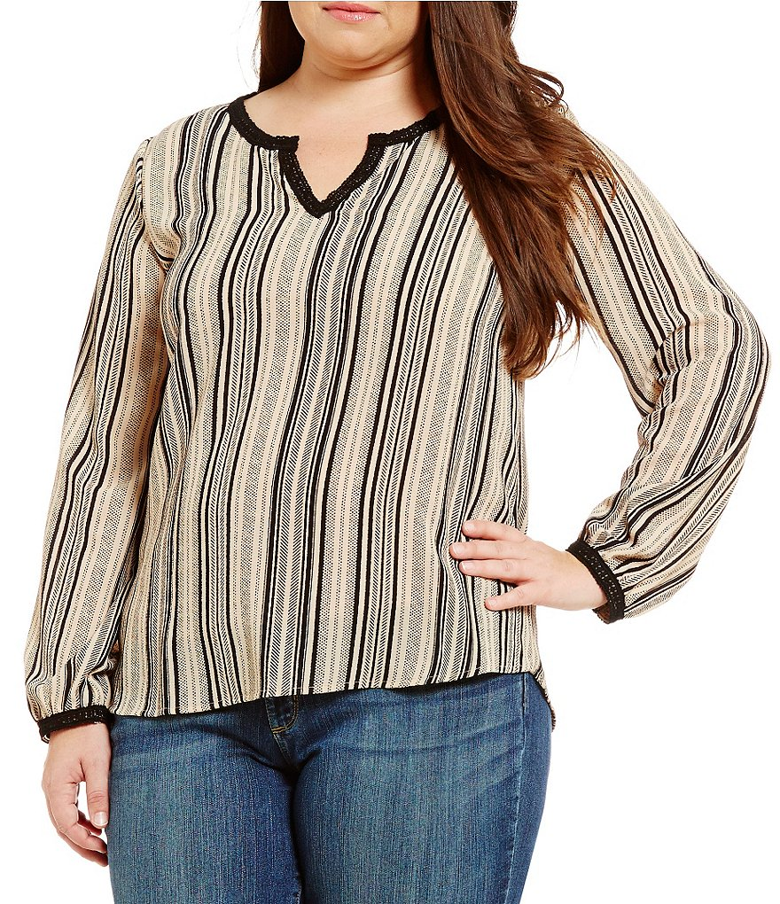 Blu Pepper Plus Long Sleeve Printed Top