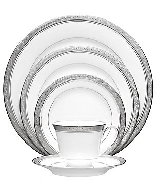 Noritake Crestwood Etched Platinum Porcelain 5-Piece Place Setting
