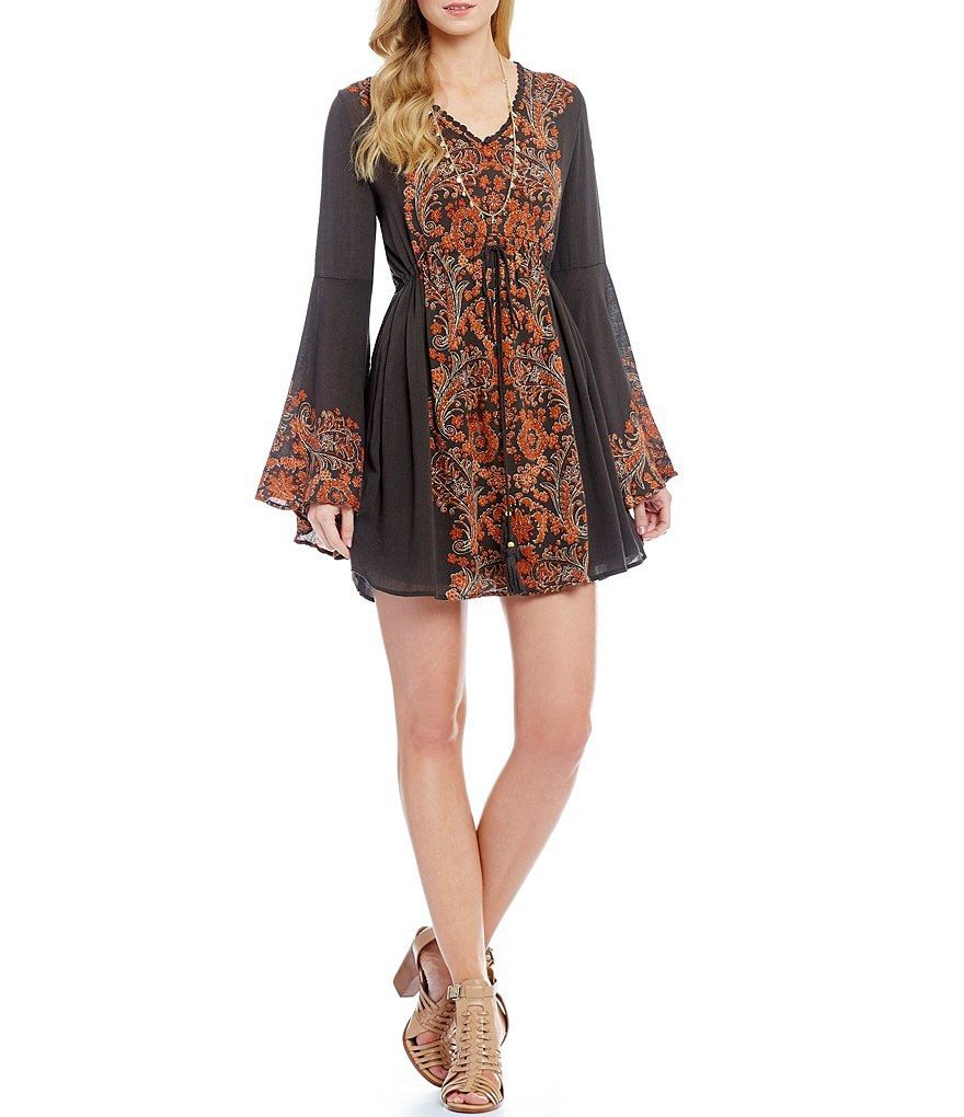 Coco + Jaimeson Bell Sleeve Printed Shift Dress