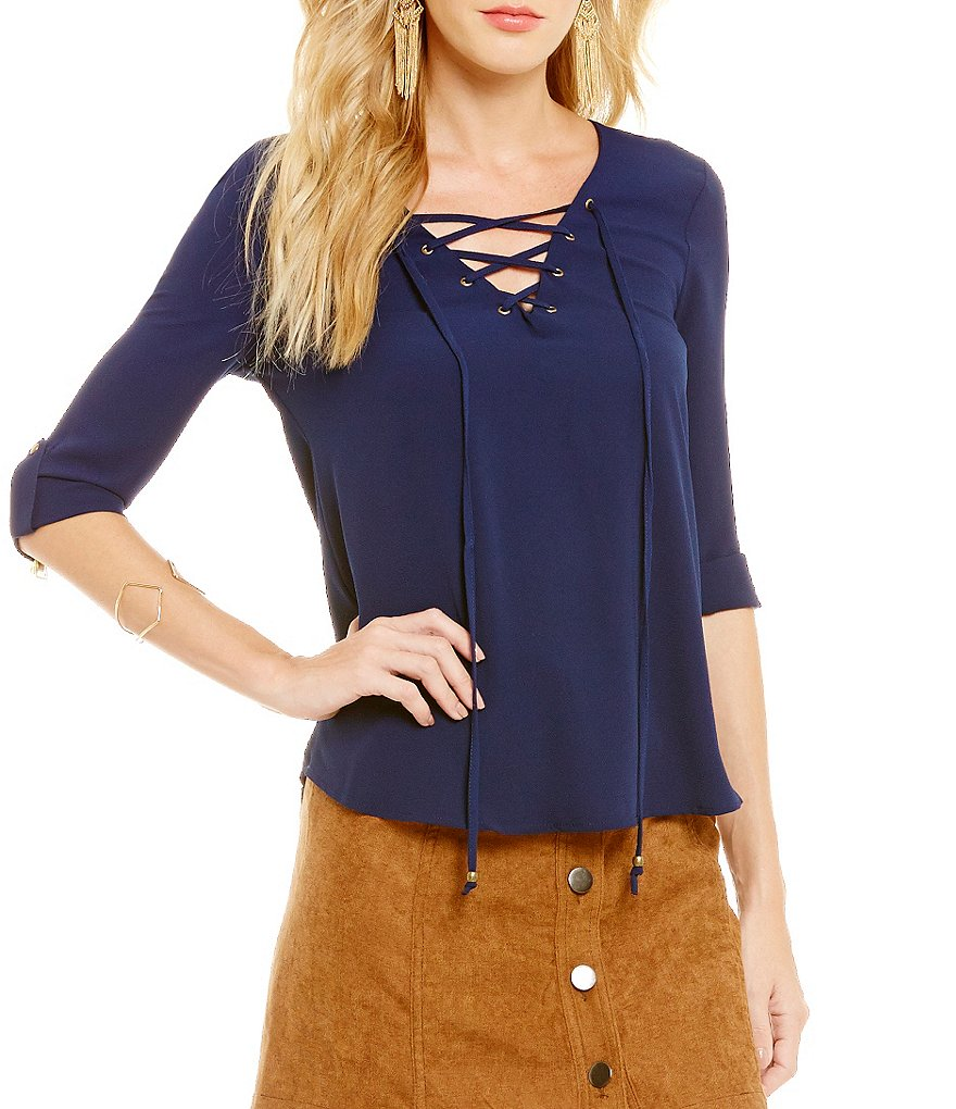 Blu Pepper Lace-Up V-Neck 3/4 Sleeve Blouse