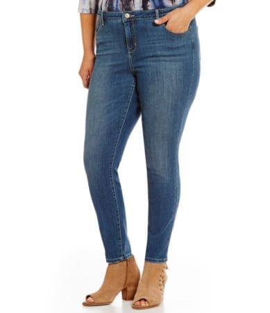 Plus Size Clothing - Shop coolmfilb6.gq for a wonderful selection of plus size clothes designed to look beautiful on modern curvy women. Popular selections include plus size fleece, sweatshirts, t-shirts, graphic tees, plus size leggings, plus size jeans, shorts & capris, dresses and careerwear in sizes up to 5X.