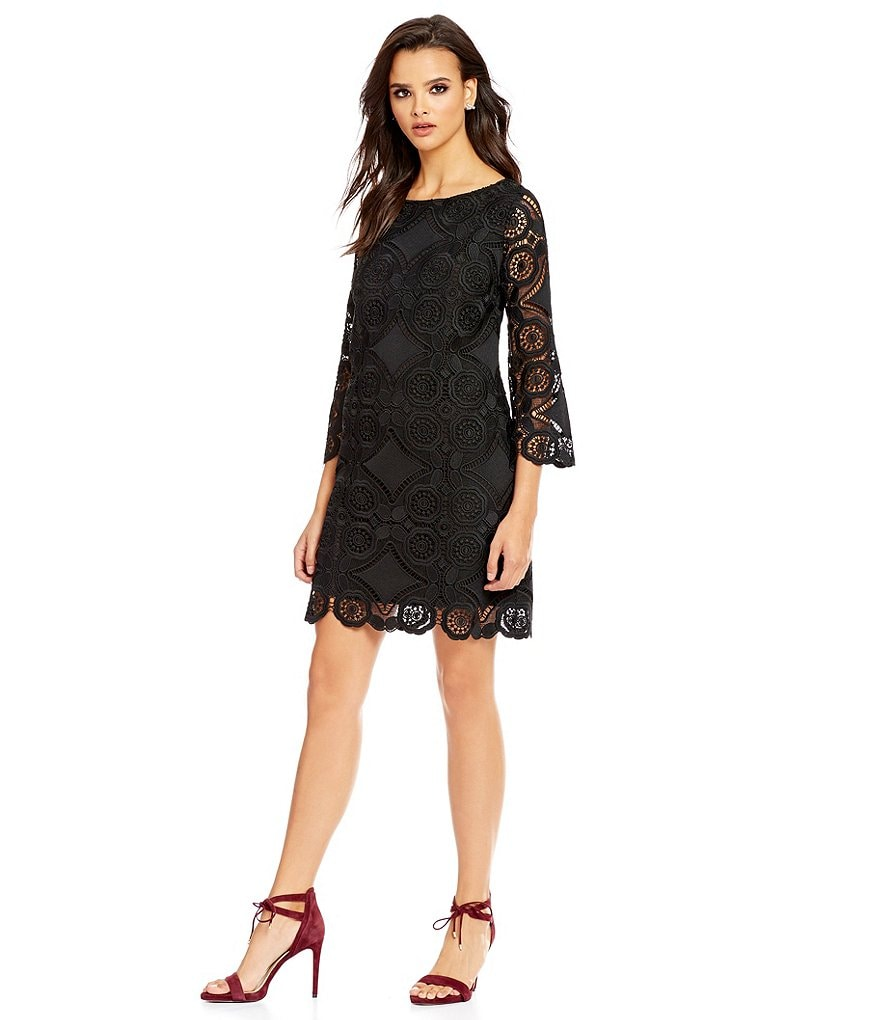 Laundry By Shelli Segal Bell Sleeve Lace Scalloped Dress
