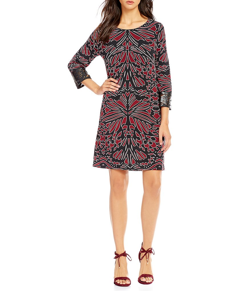 Laundry By Shelli Segal Laser Cut Cuff Dress