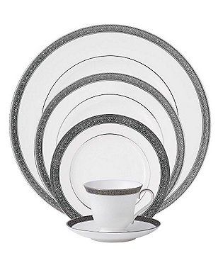 Waterford Newgrange Platinum Celtic Scroll Bone China 5-Piece Place Setting