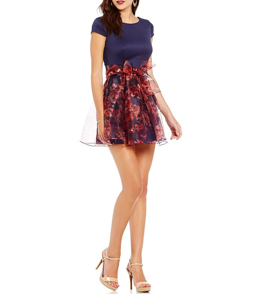B. Darlin Cap Sleeve Floral Print Skirt Skater Dress