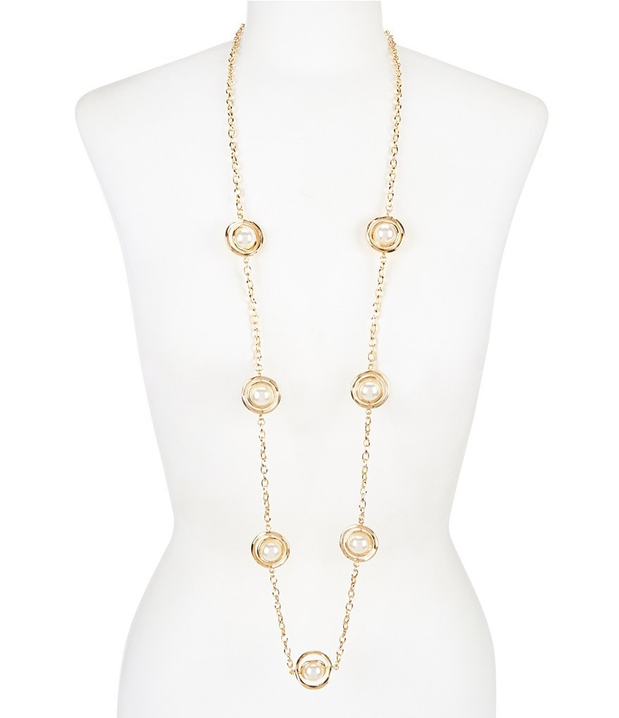 Dillard´s Tailored Orbital Pearl Long Strand Necklace