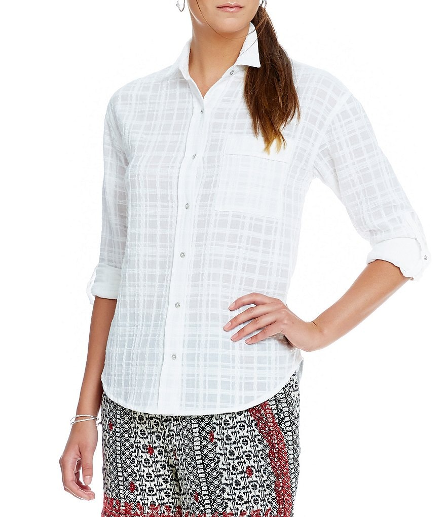 Gibson & Latimer Textured Jacquard Button-Up Blouse