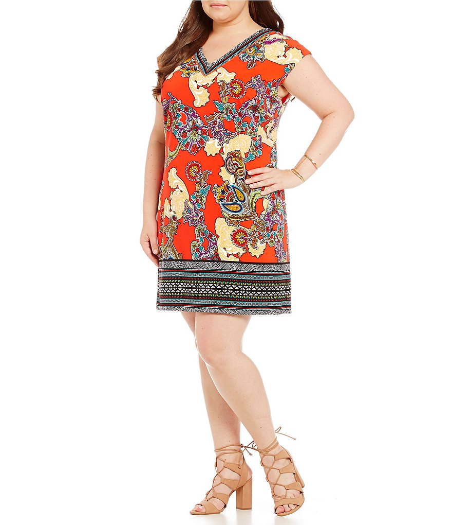 Gibson & Latimer Plus Paisley Short Sleeve Shift Dress