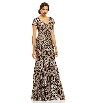 David Meister V-Neck Metallic Lace Cap Sleeve Gown